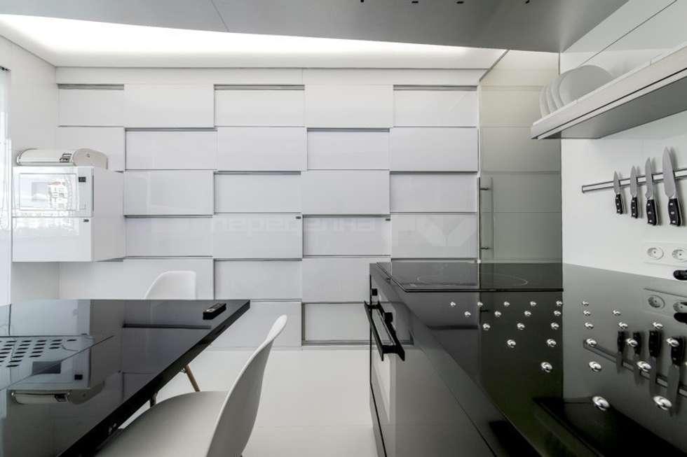 ЗОНА ГОТОВКИ: Кухни в . Автор – Arch Group