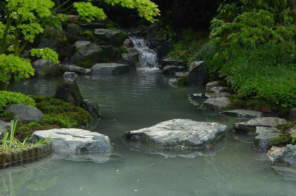 Wasser im Garten, Wasserfall: asiatischer Garten von japan-garten-kultur
