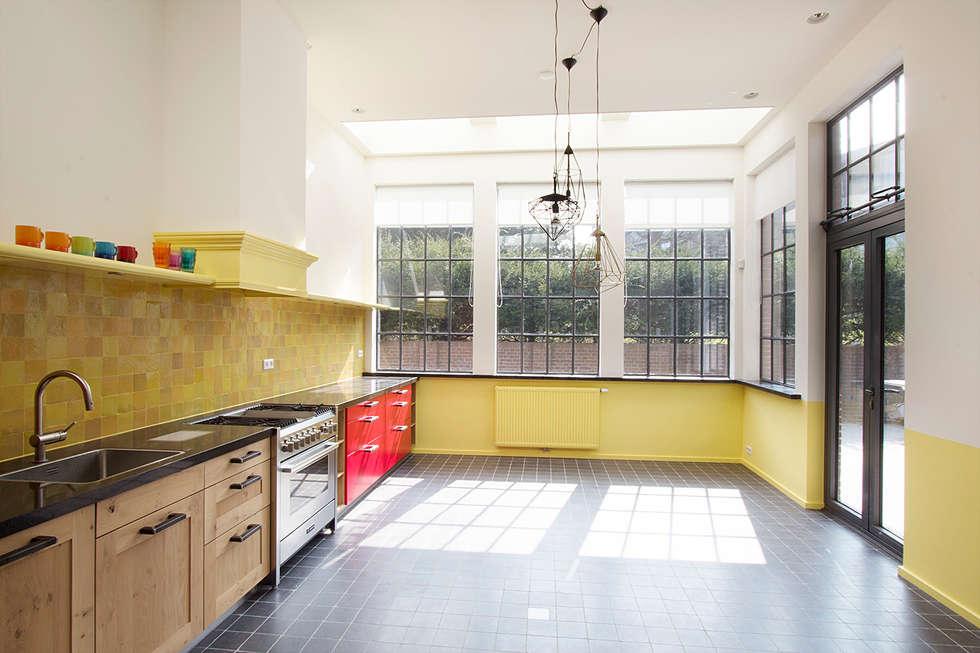 keuken: landelijke Keuken door Architectenbureau Vroom