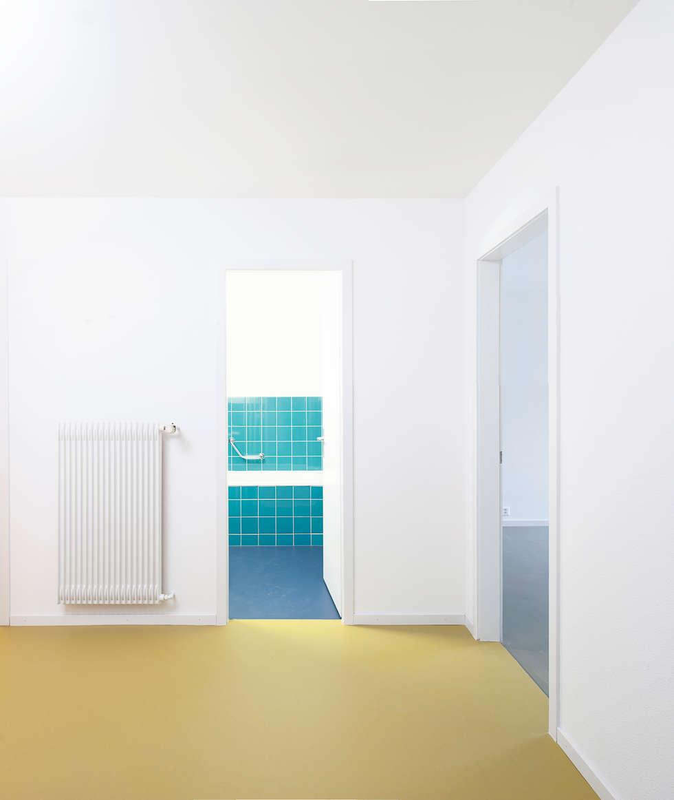 Umbau Aareggweg, Bern: Moderne Badezimmer Von Holzhausen Zweifel Architekten