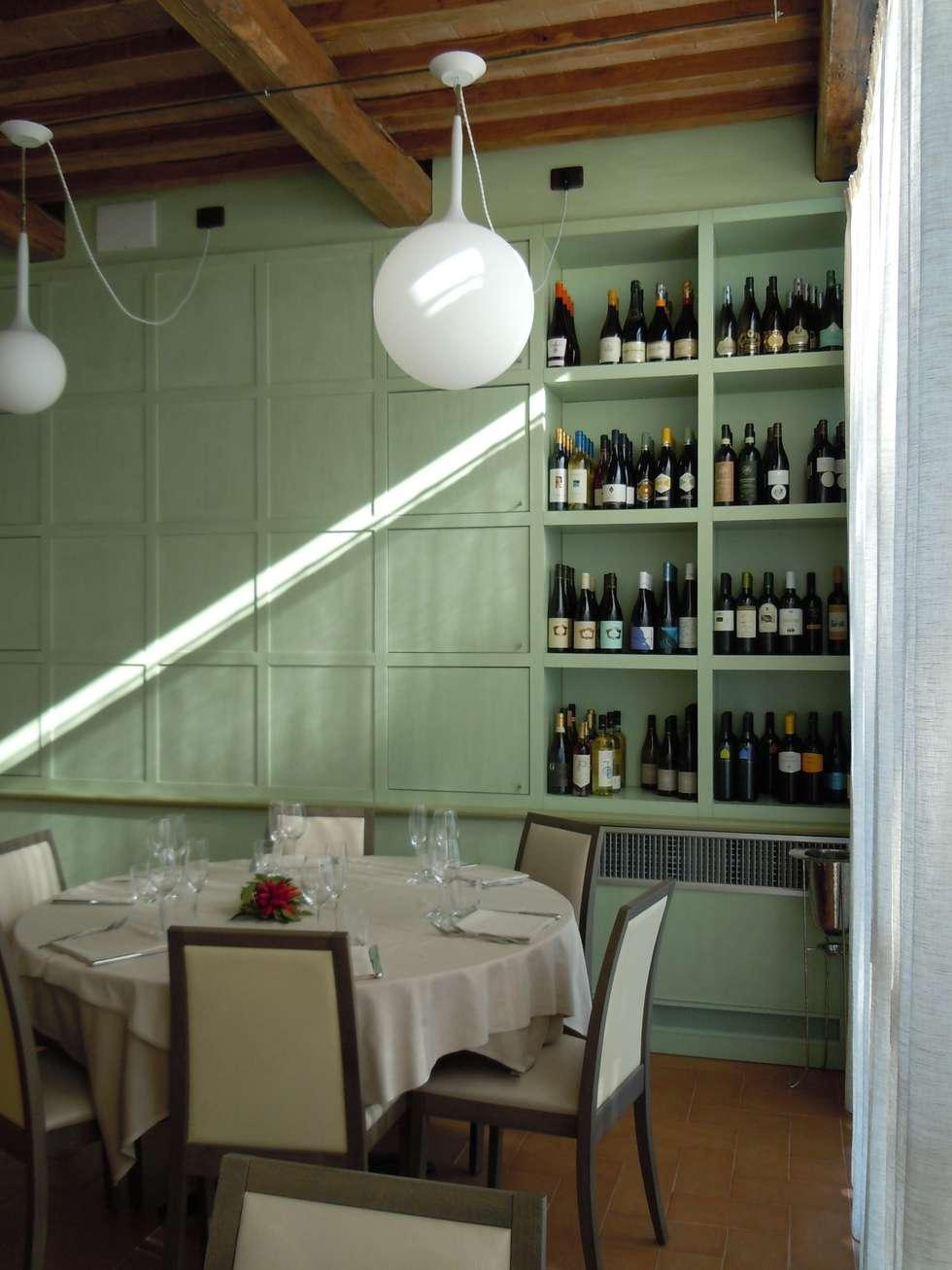 seconda sala ristorante - particolare: Hotel in stile  di Maurizio Andruetto  Monica Deri    Architetti Associati