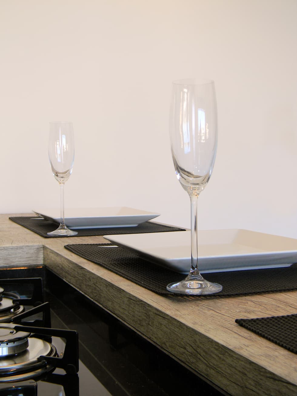 Cozinha em acabamento Vintage: Cozinhas modernas por D`Vita - Marcenaria de Luxo