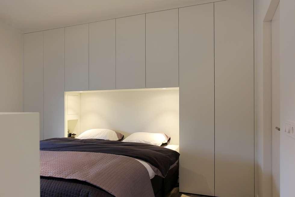 Slaapkamer: moderne Slaapkamer door Leonardus interieurarchitect