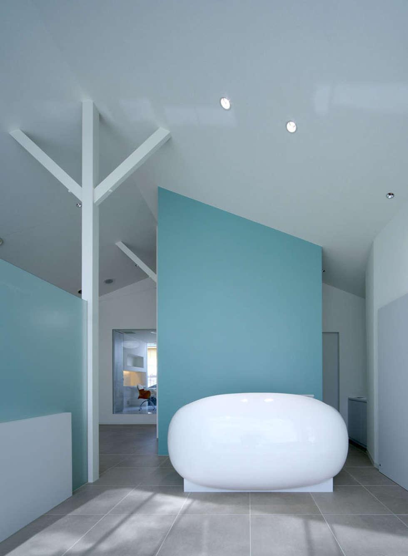 廣瀬歯科診療所 受付: eleven nine interior design officeが手掛けた病院です。