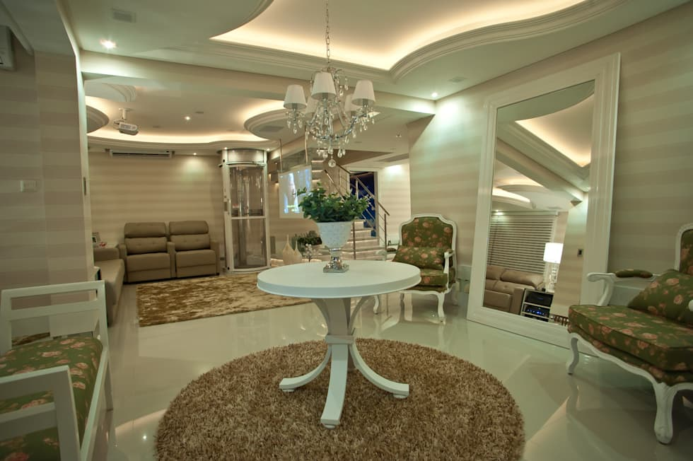 Hall: Salas de estar clássicas por Paulinho Peres Group