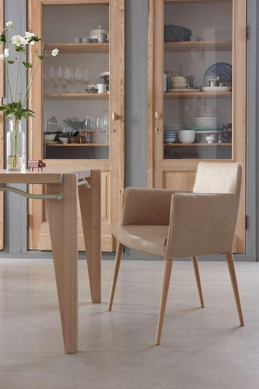 Tiba: moderne Eetkamer door Label | van den Berg