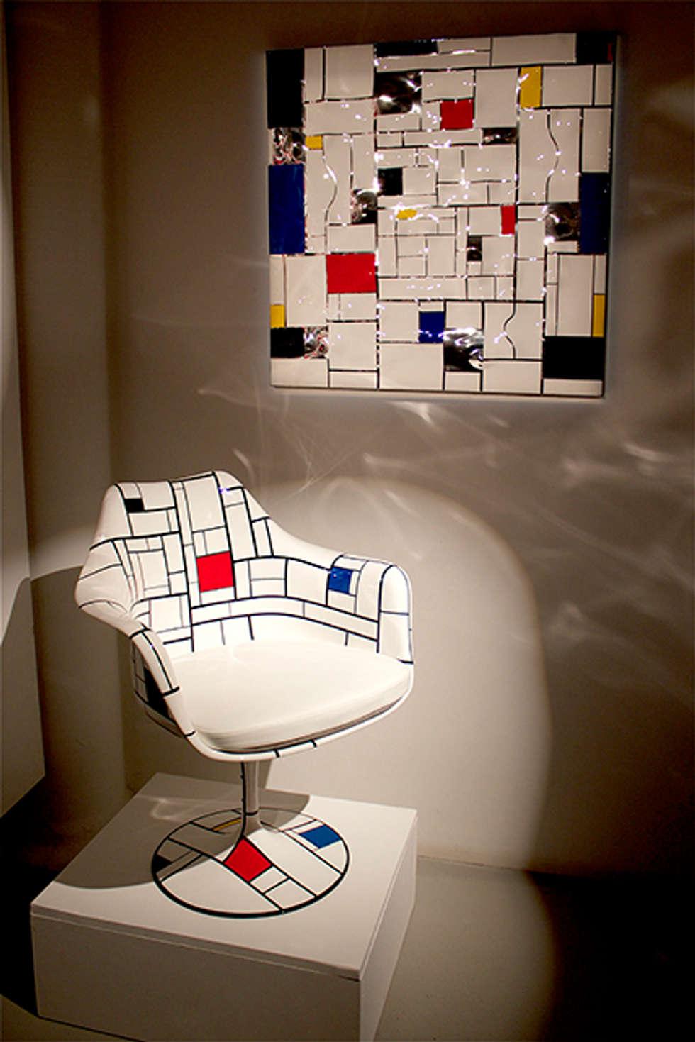 Saarinen by Schiepan: Salon de style de style eclectique par LA FABRIQUE BRUNO SCHIEPAN