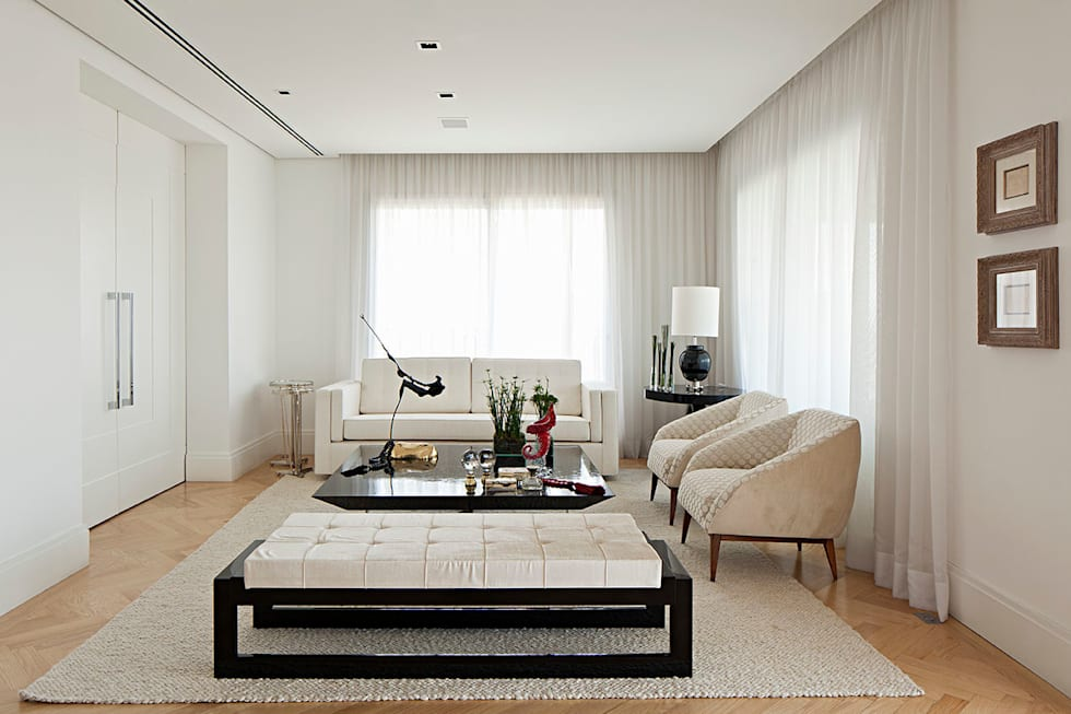 sala de estar: Salas de estar ecléticas por korman arquitetos