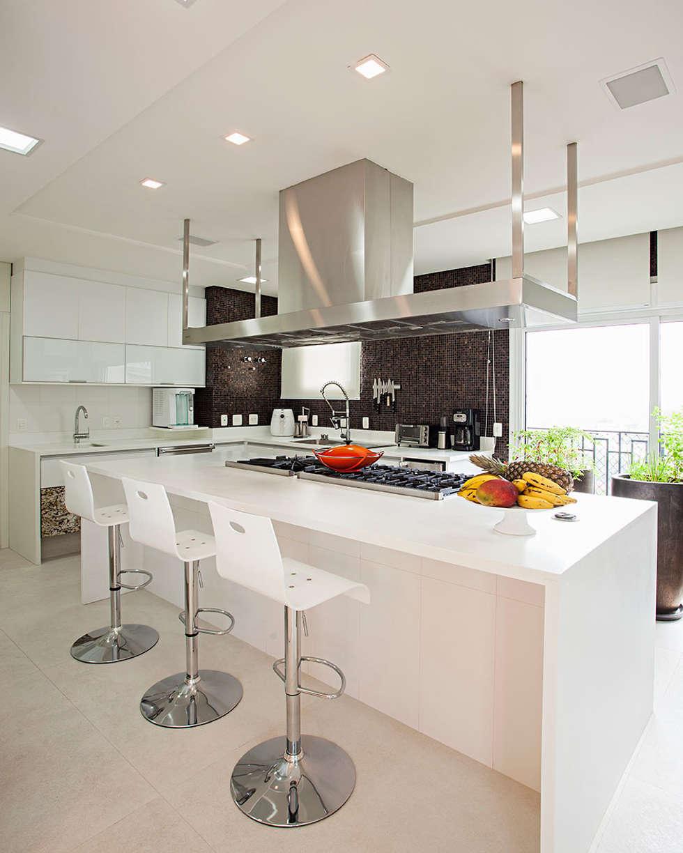 cozinha: Cozinhas modernas por korman arquitetos