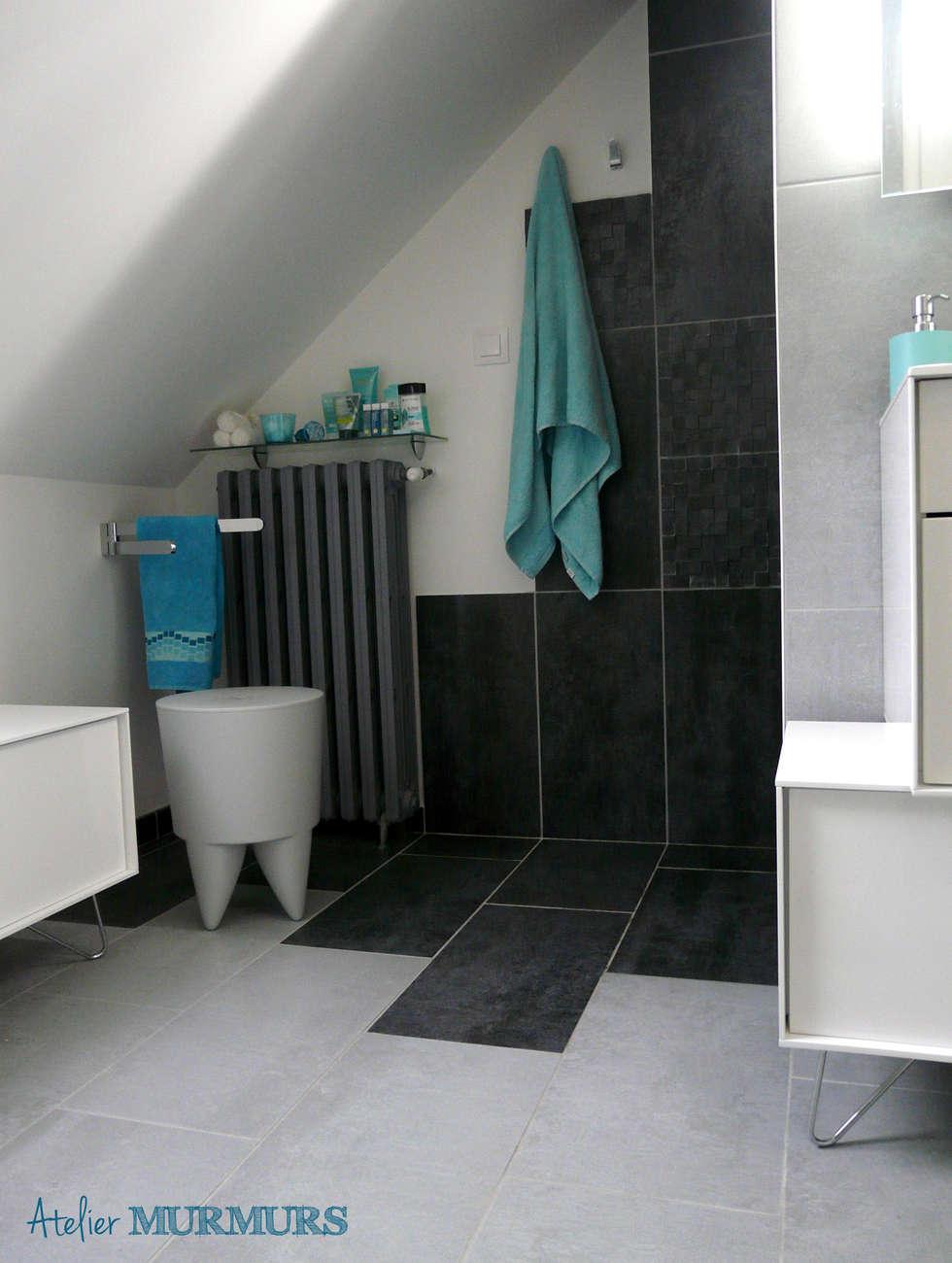 Vue depuis l'entrée: Salle de bains de style  par Atelier MurMURS