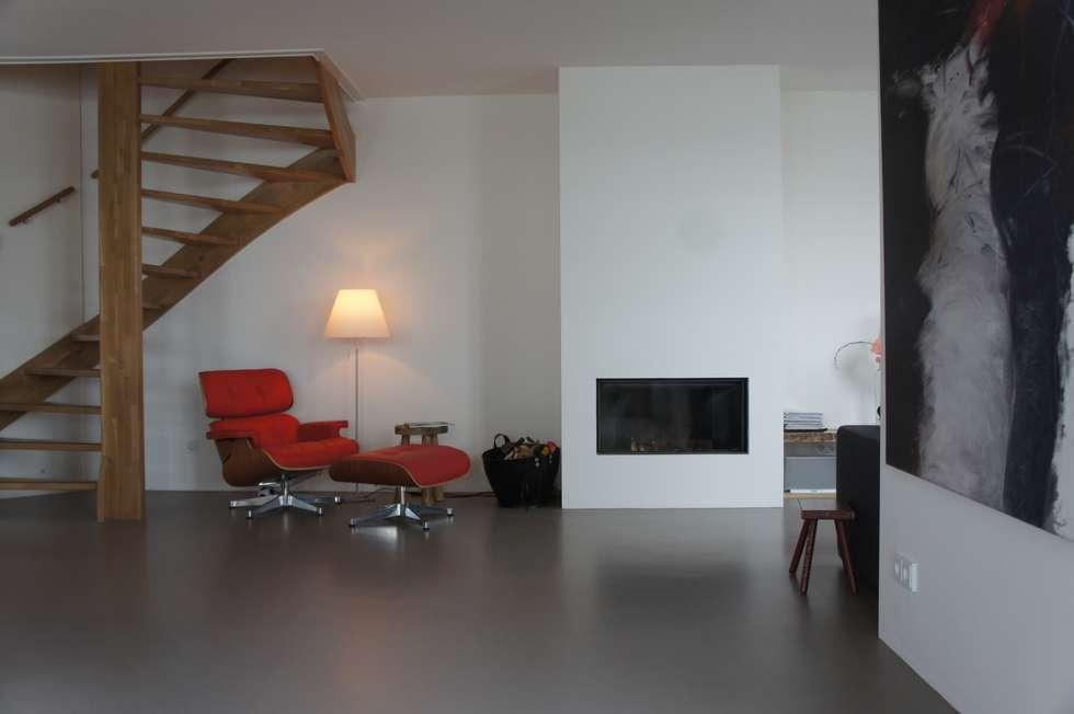 Design gietvloer: modern tarz oturma odası homify