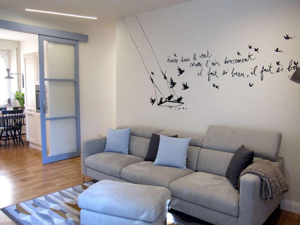 Salones de estilo moderno de studio radicediuno