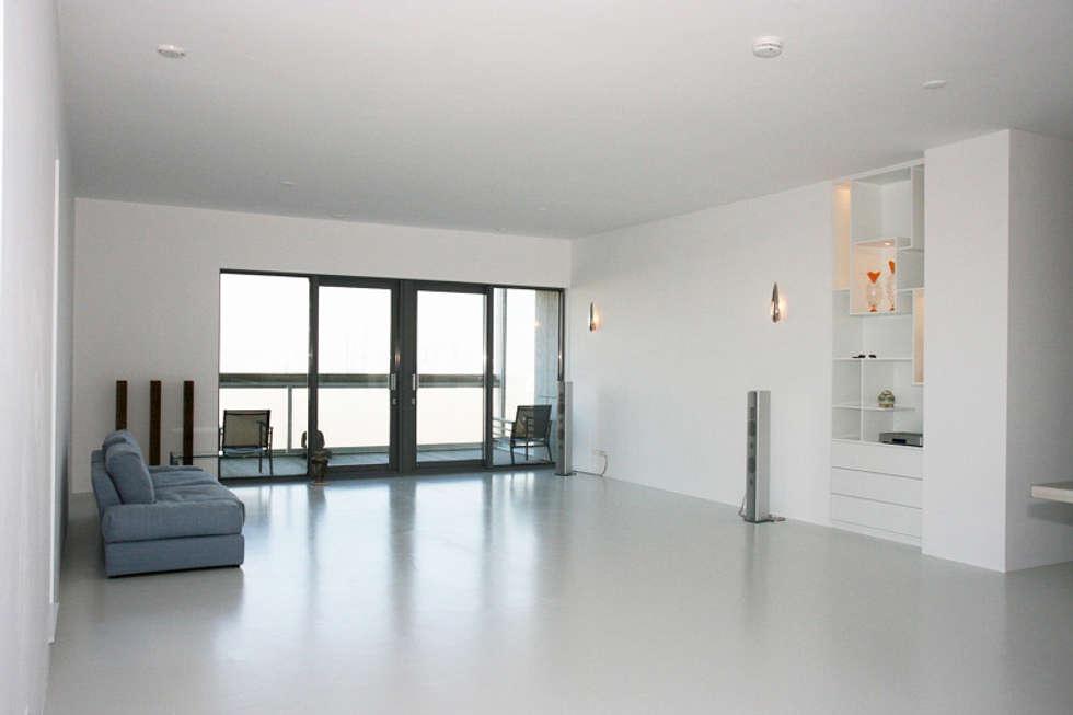 Muren verven woonkamer dmv airless latex spuitwerk: door ...