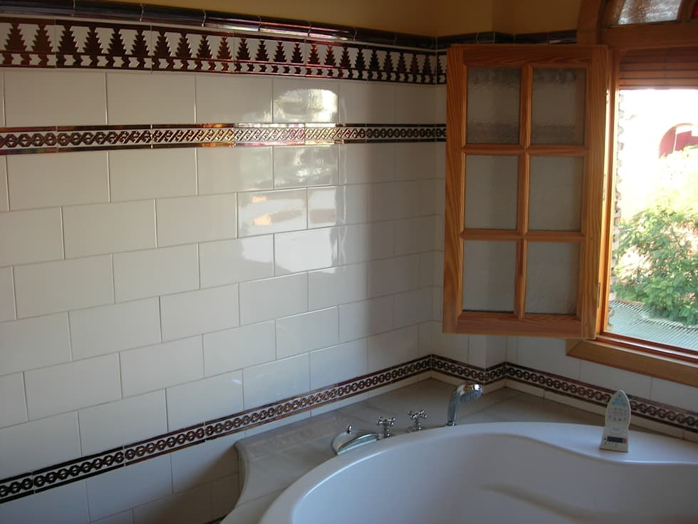 Ideas im genes y decoraci n de hogares homify for Azulejos relieve bano