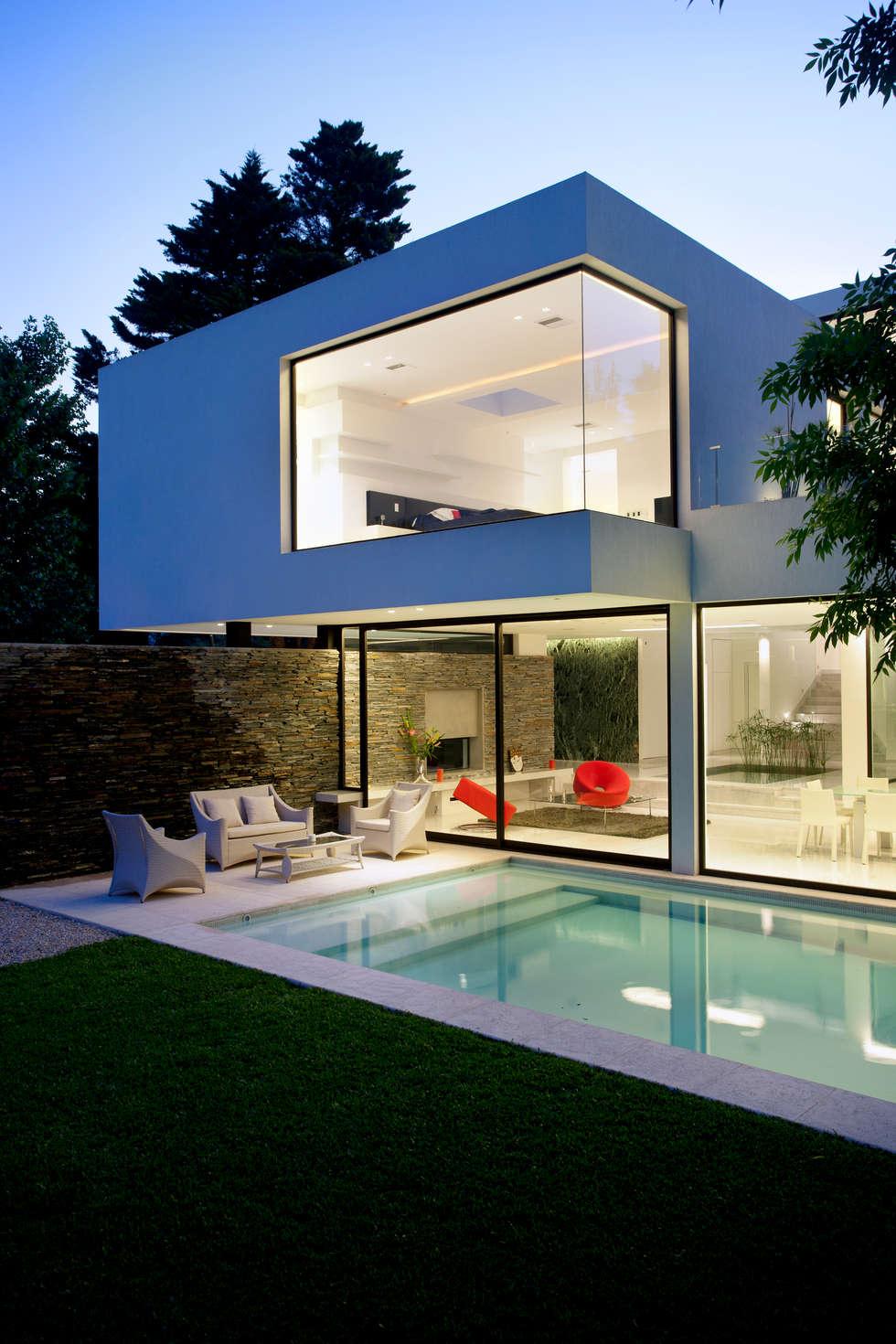 fotos de piletas de estilo minimalista : piscina nocturnas | homify