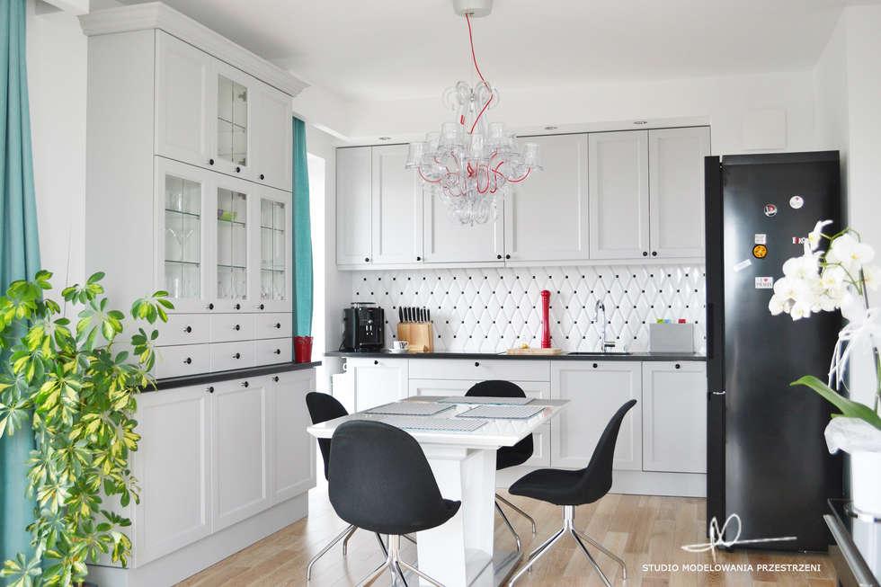Widok na całą kuchnię: styl , w kategorii Kuchnia zaprojektowany przez Studio Modelowania Przestrzeni
