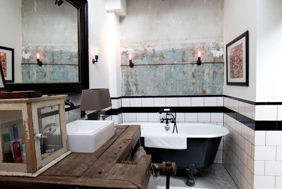 Garage Loft: industriële Badkamer door BRICKS Studio