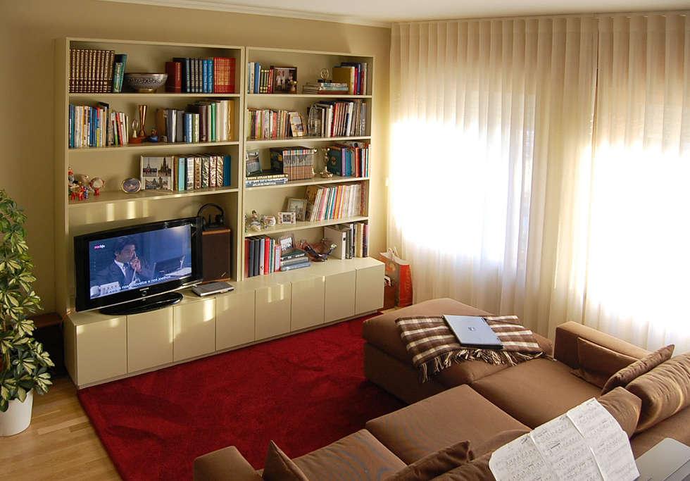 Projecto de decoração de Sala de Estar: Salas de estar modernas por MOYO Concept
