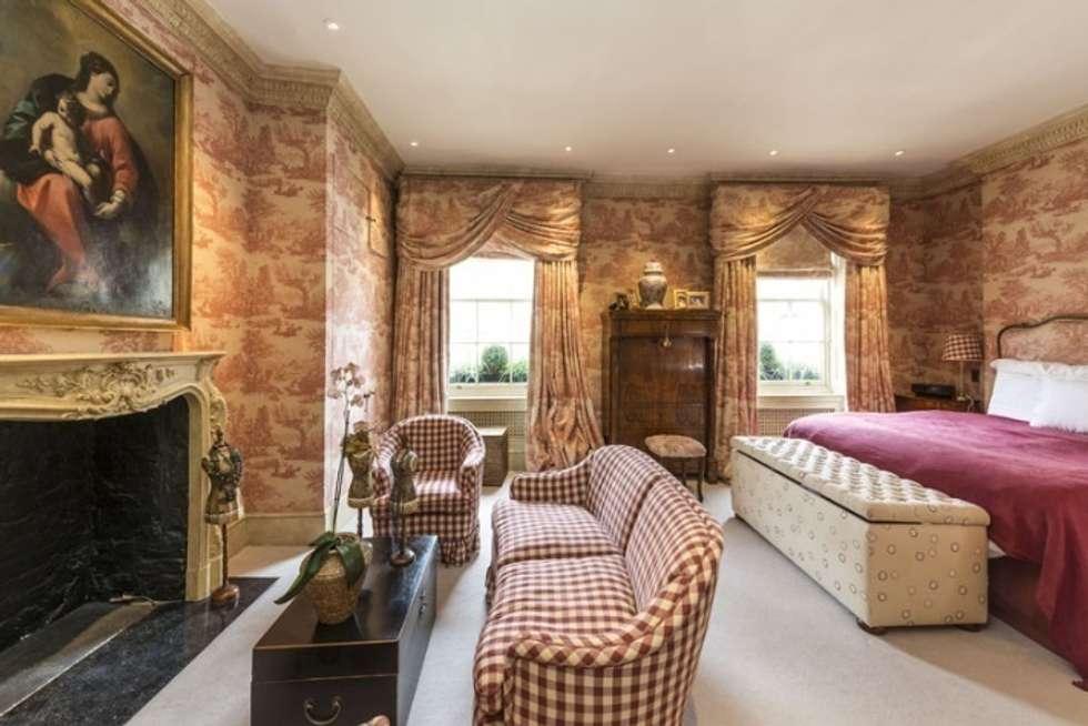 Relax per gli ospiti: Camera da letto in stile in stile Classico di DF Design