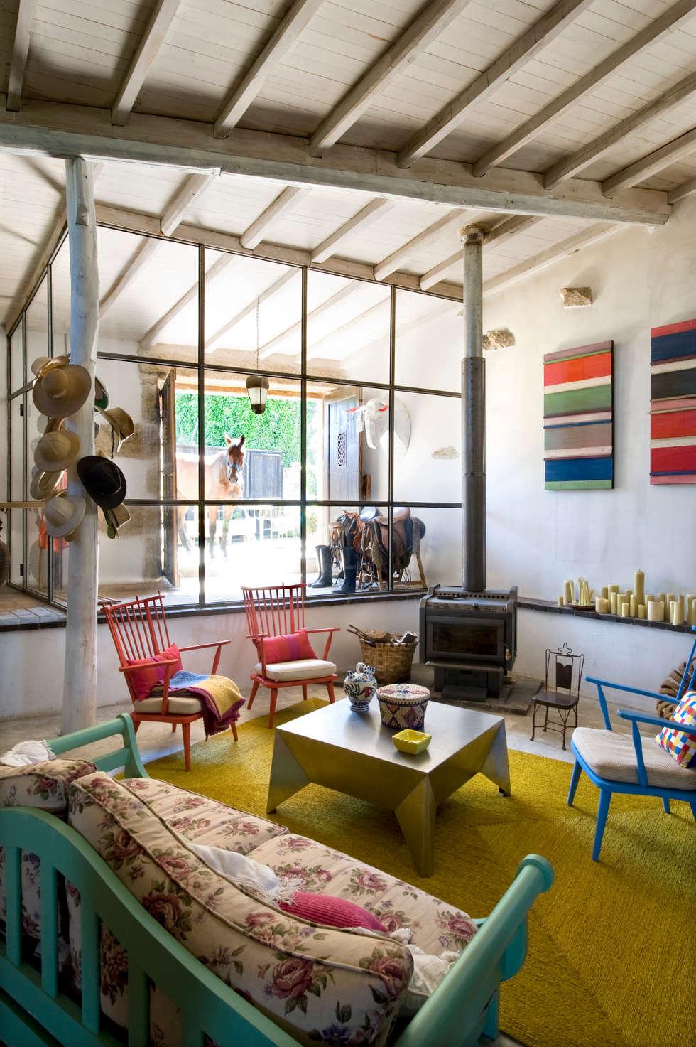 casa de campo en galicia salones de estilo moderno de oito interiores ue