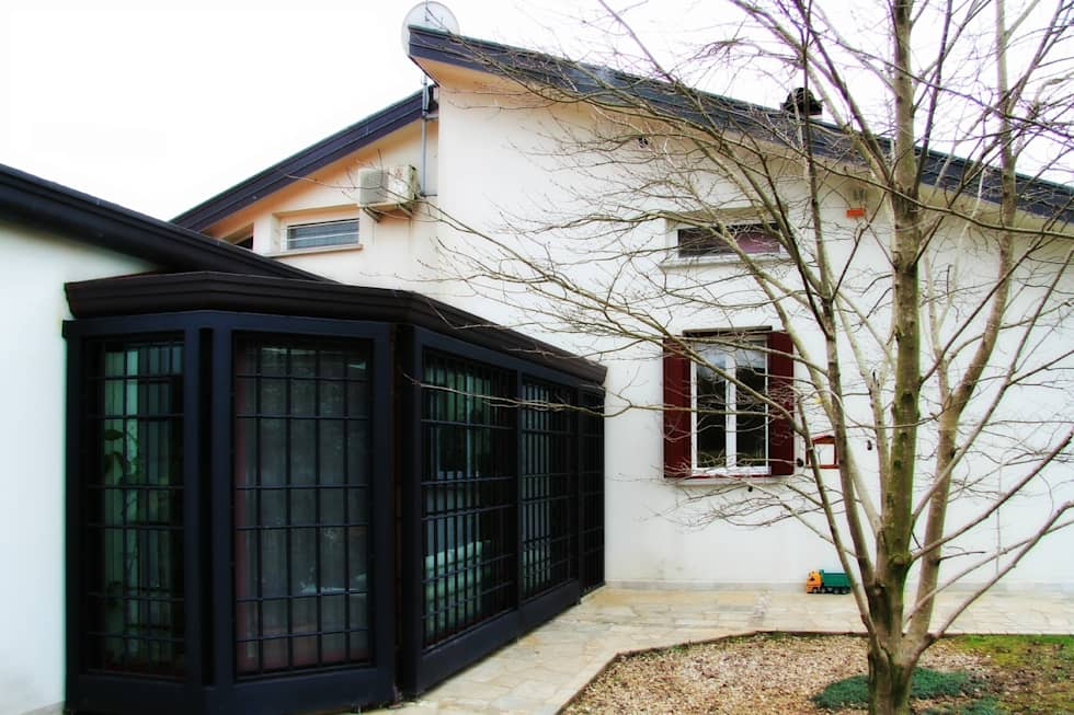 """Abitazione privata """"laGanga Wines"""": Terrazza in stile  di Studio Tecnico Fabbro"""