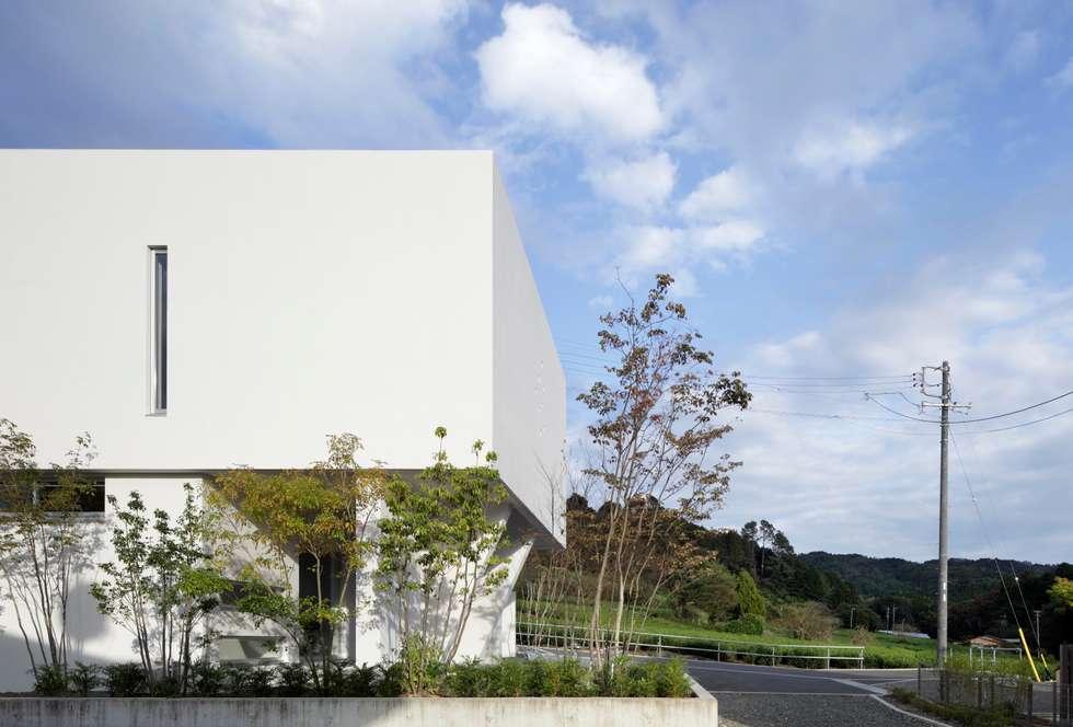 西面: 久保田正一建築研究所が手掛けた家です。