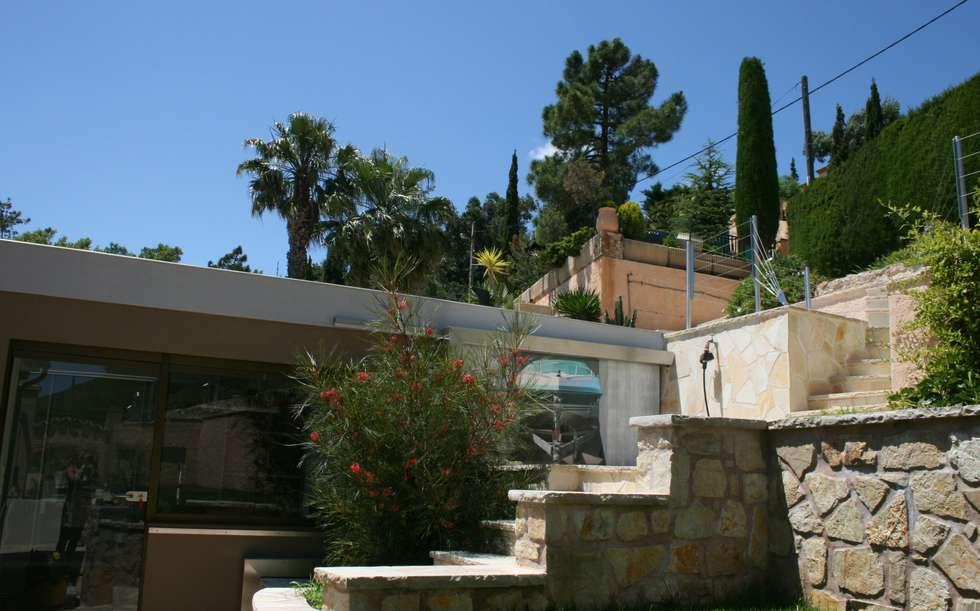 Moderne Sommerküchen : Gartengestaltung und aussenanlagen nähe cannes f moderne garage