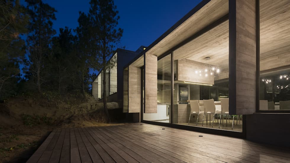 CASA WEIN: Ventanas de estilo  por Besonías Almeida arquitectos