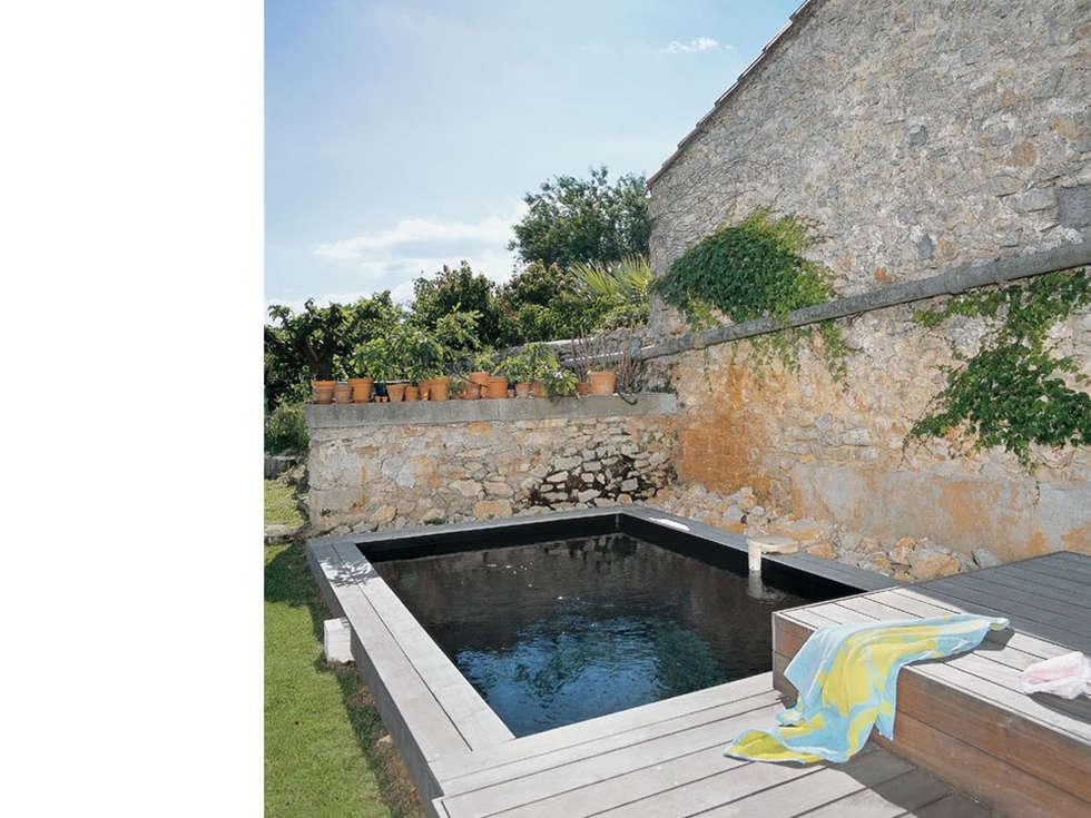La piscine: Piscines  de style  par atelier julien blanchard architecte dplg