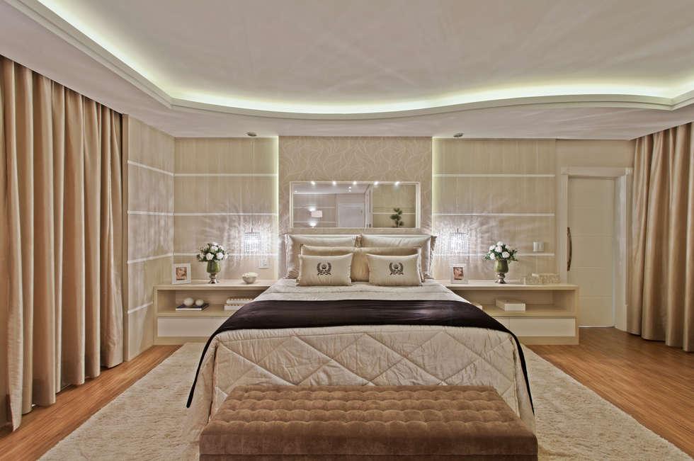 Phòng ngủ by Arquiteto Aquiles Nícolas Kílaris
