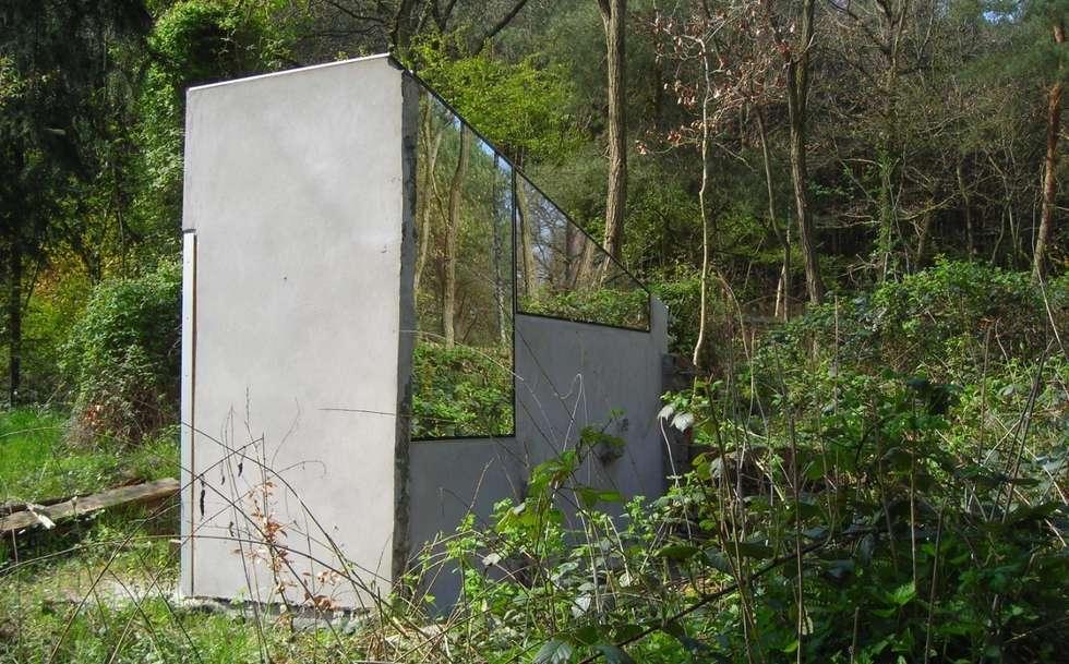 micro house, mirror house, upcycling, Minimal-Architektur: minimalistische Häuser von studio raumvielfalt