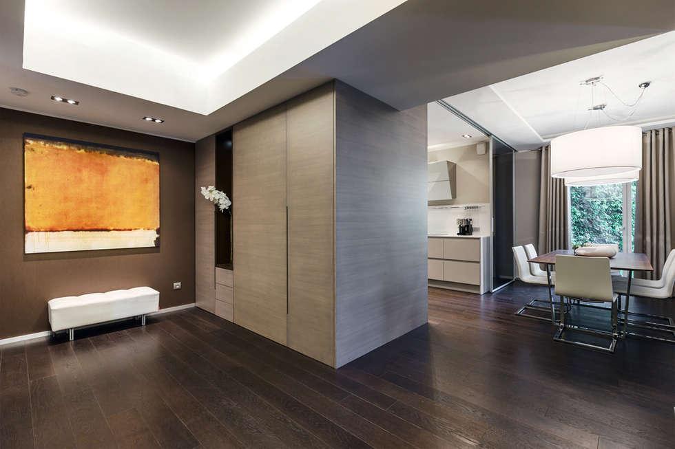 Corridor & hallway by NG-STUDIO Interior Design