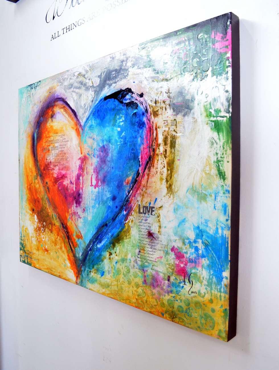 The paciencie of love: Pasillos y recibidores de estilo  por Galeria Ivan Guaderrama