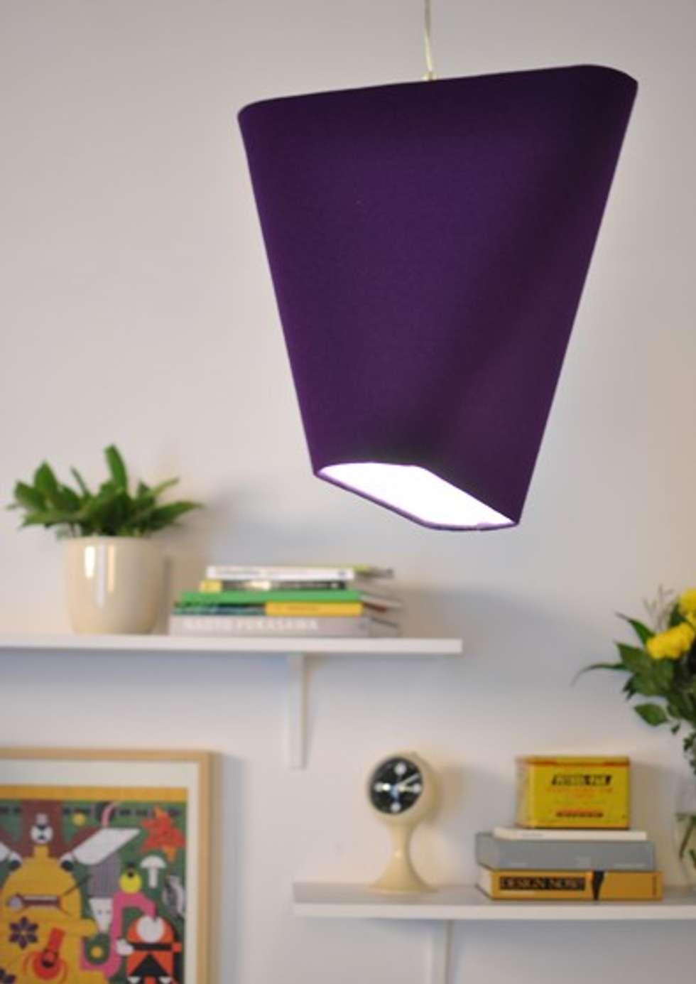 Suspension aux formes géométriques très chaleureuse!: Bureau de style de style Moderne par NEDGIS