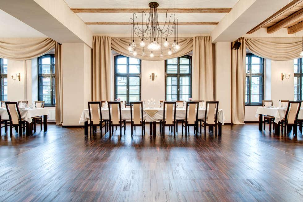 Lampa MULTIcable w grępielnia reastauracja i apartamenty: styl , w kategorii Hotele zaprojektowany przez CablePower