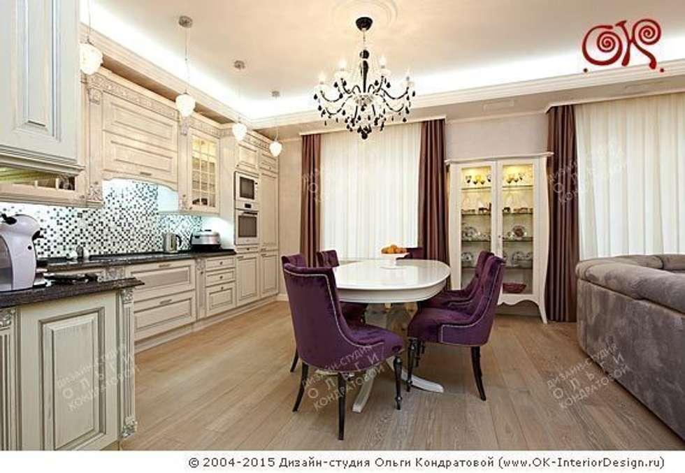 Кухня-столовая в дизайне квартиры на Мытной: Столовые комнаты в . Автор – Дизайн студия Ольги Кондратовой