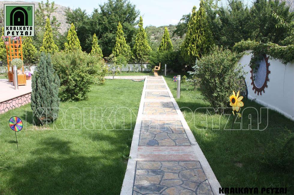 Kralkaya Peyzaj Havuz Fıskiye Sist. ve Pompa Mim. Müh. İnş. Ltd. Şti  – Apaydın Açık Hava Stüdyosu / Amasya: akdeniz tarzı tarz Bahçe