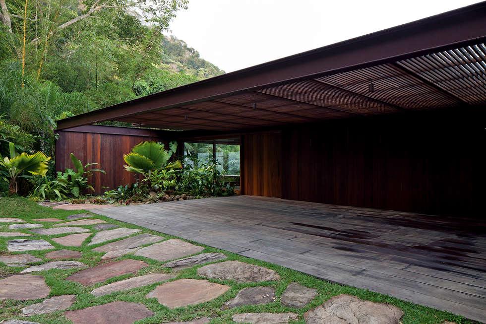 04: Casas tropicais por Jacobsen Arquitetura