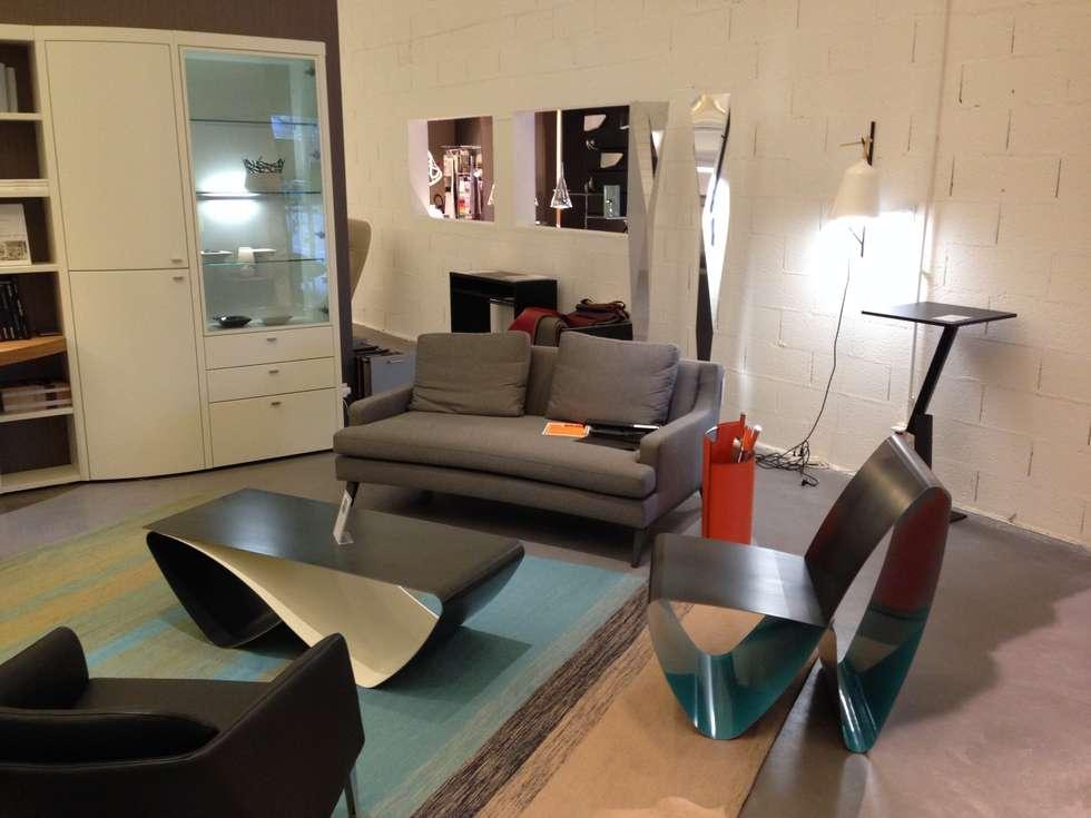 Meubles Design Intérieur: Salon de style de style Moderne par Coco Steel