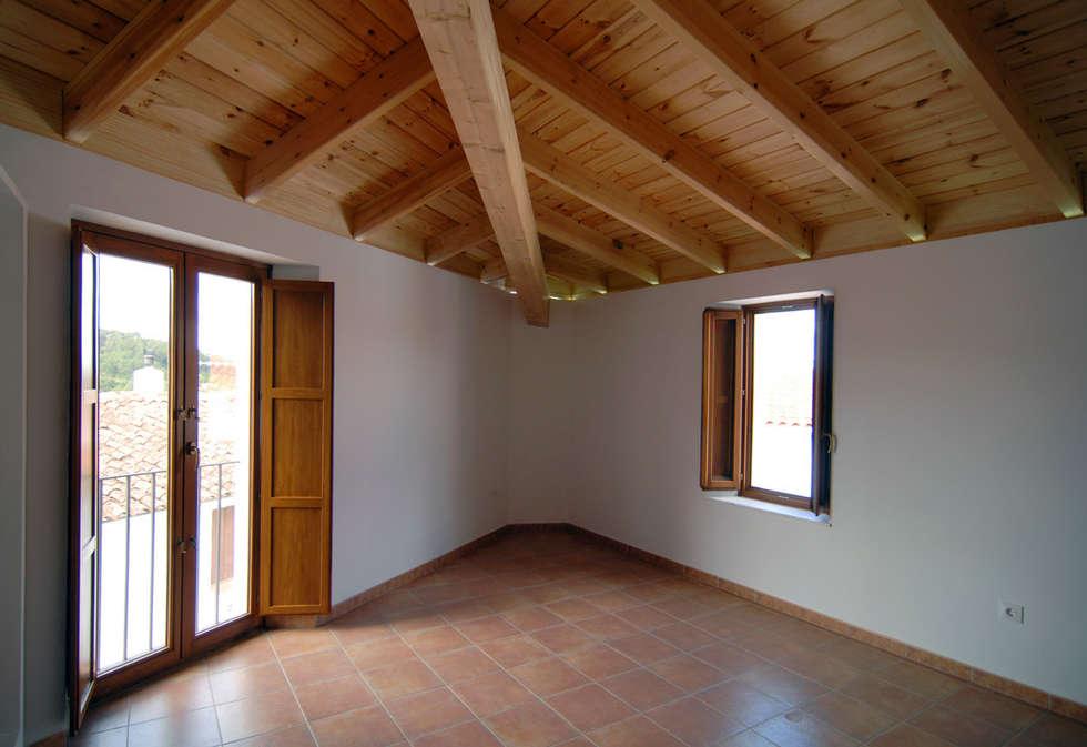 Fotos de decoraci n y dise o de interiores homify - Cm4 arquitectos ...