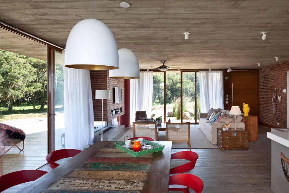 Casa Marítimo - Seferin Arquitetura: Salas de jantar modernas por Seferin Arquitetura