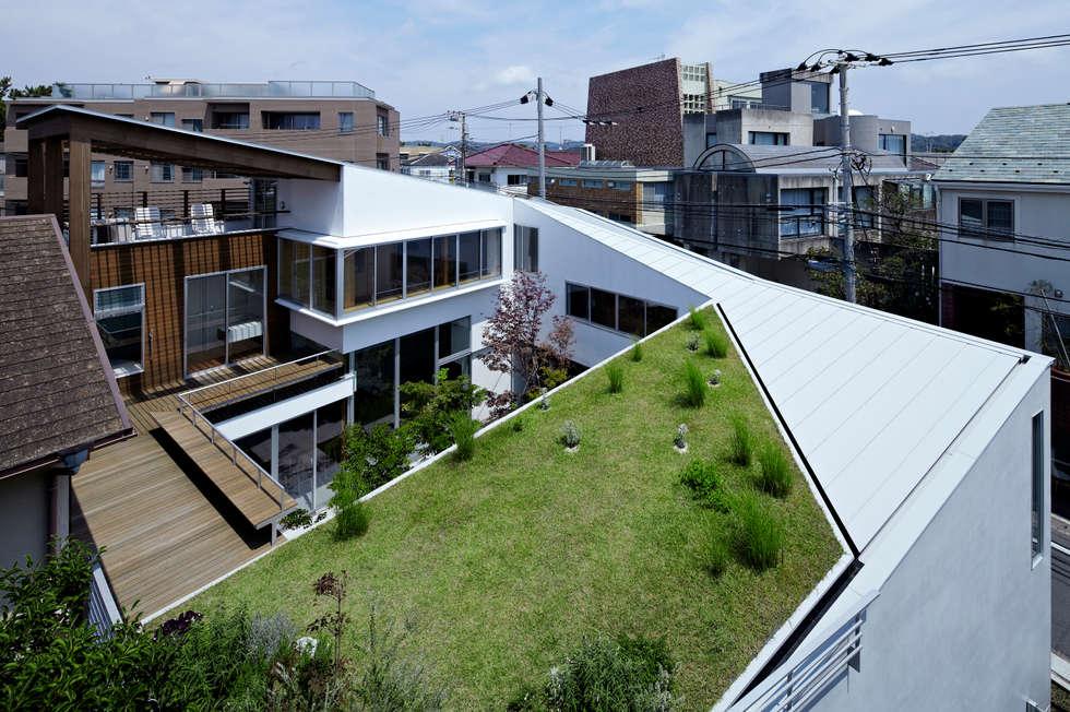 新築部分全景: 工藤宏仁建築設計事務所が手掛けた家です。