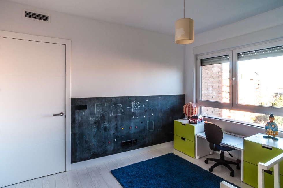 Chambre d'enfant de style de style Moderne par estudio551