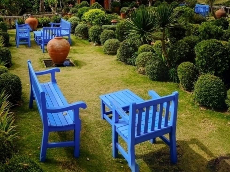 Piccoli giardini idee giardino con materiale riciclo for Giardino piccolo progetto