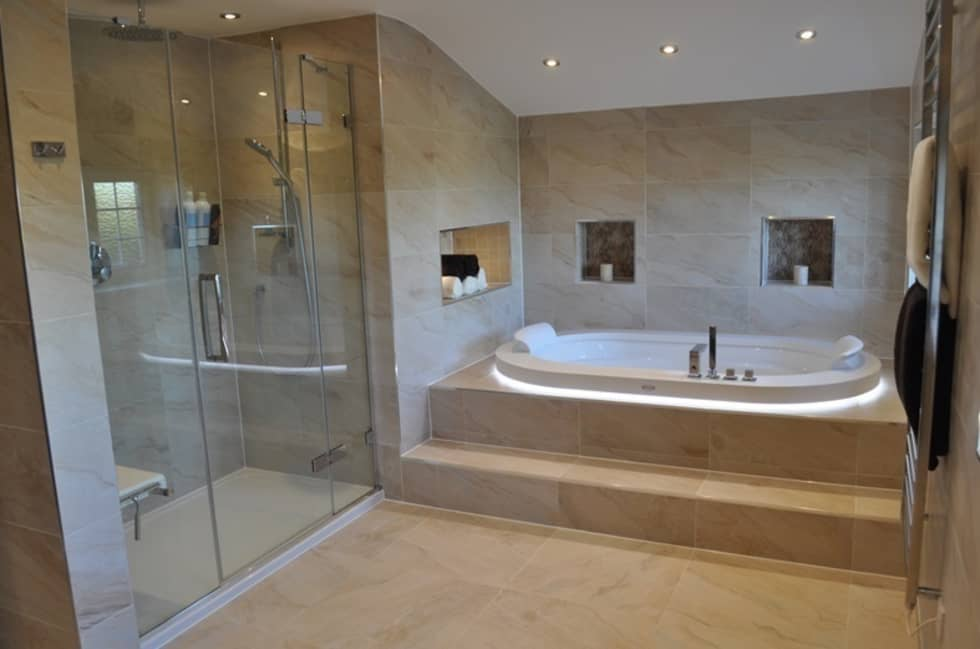 Bath & Shower View 2: modern Bathroom by Daman of Witham Ltd