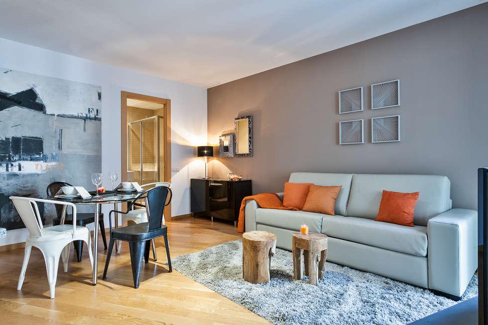 moderne Wohnzimmer von Home Deco Decoración