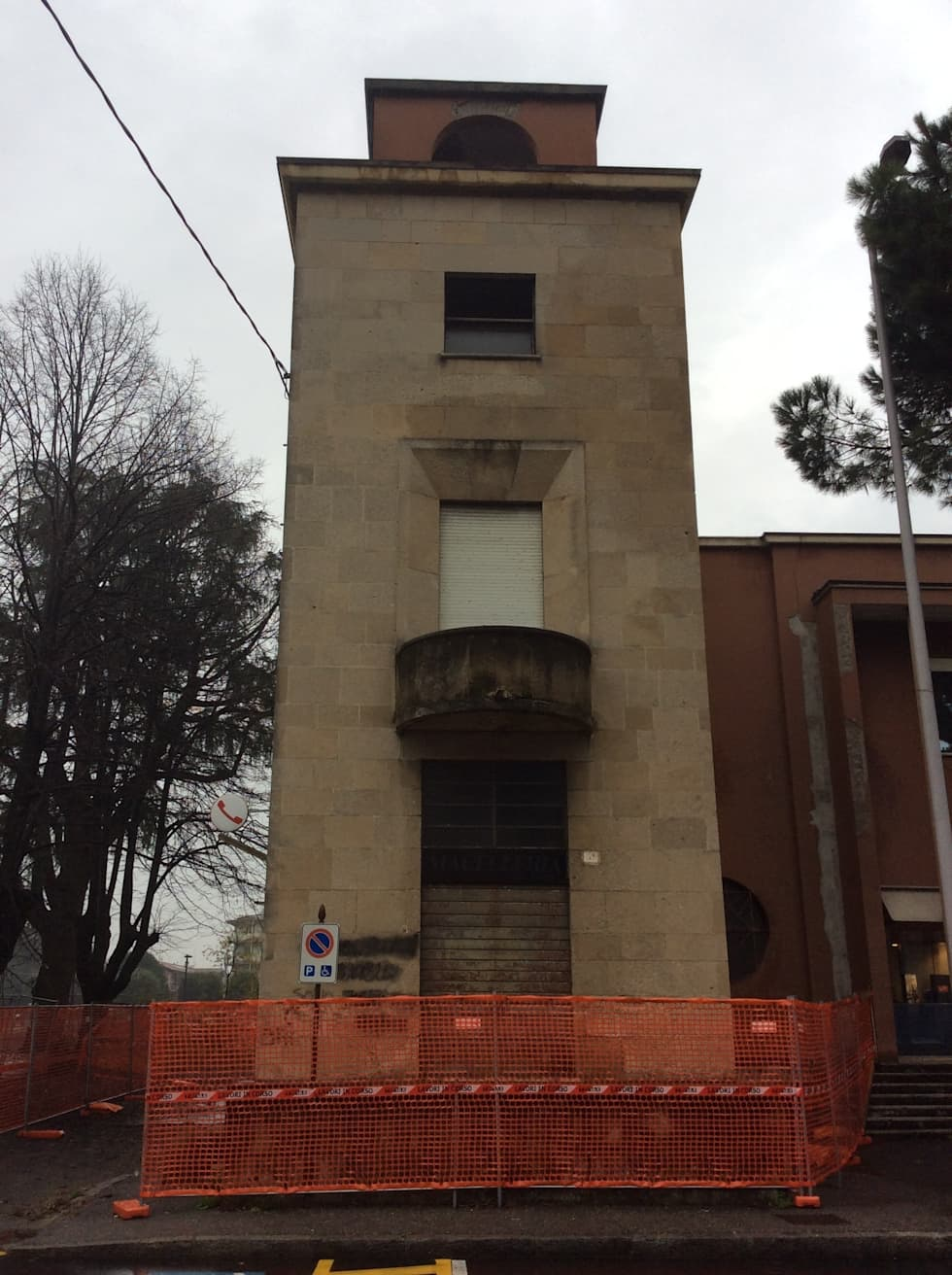 Vista frontale: Case in stile in stile Rustico di Carretti geom. Matteo