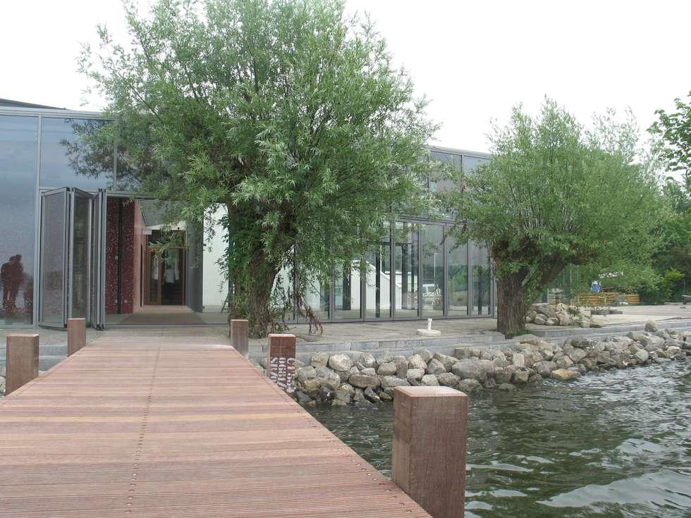 vlonder :  Bars & clubs door BNB architecten