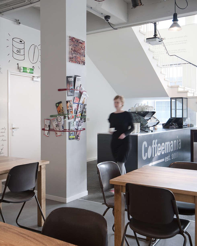 Bar en zitgedeelte:  Bars & clubs door ontwerpplek, interieurarchitectuur