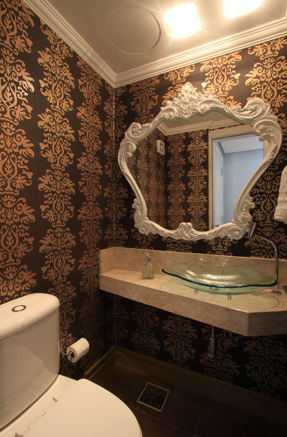 Apartamento Bela Vista 02: Banheiros modernos por Francisco Humberto Franck